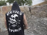 The Devil´s republic sleevess hoodie 4