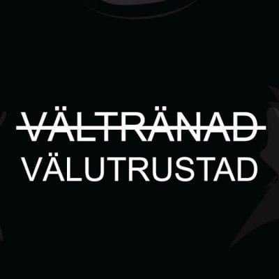 Välutrustad t-shirt